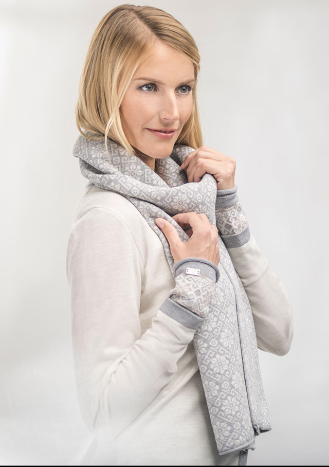Accessories for women - SONJA SCARF - Dale of Norway
