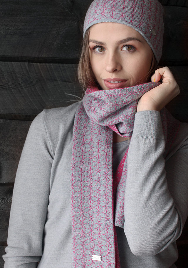 Accessories for women - STJERNE SCARF - Dale of Norway