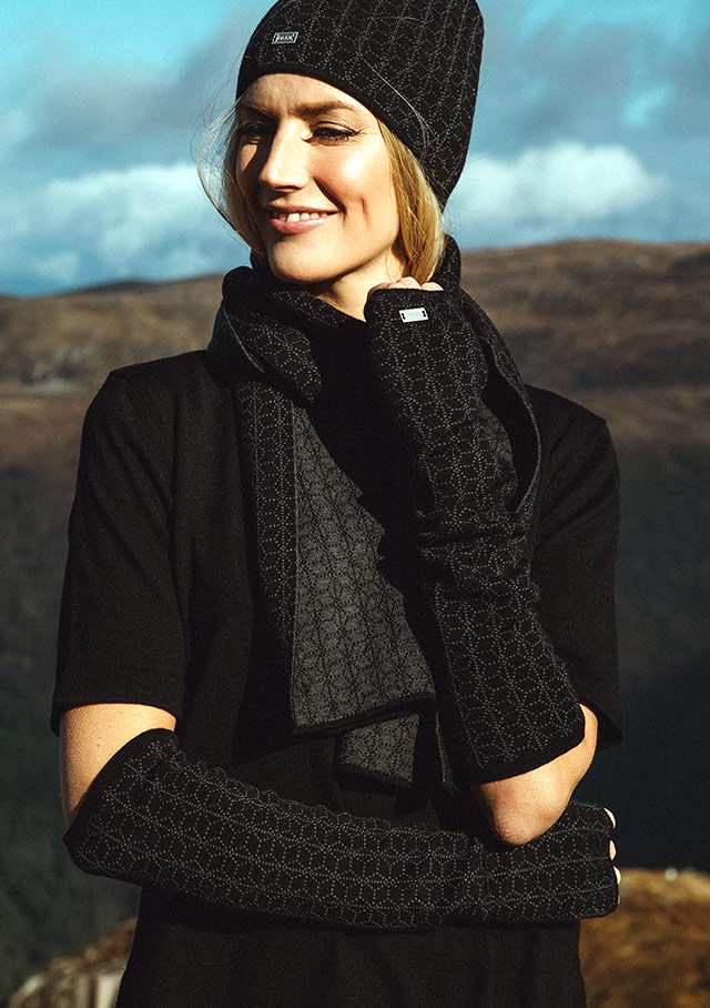Accessories for women - STJERNE GLOVES - Dale of Norway